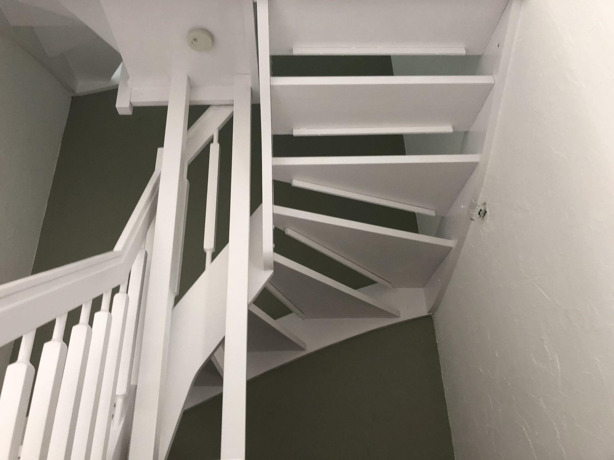 Berühmt Holztreppe streichen lassen kosten & Preise: Profimaler Hamburg LQ82